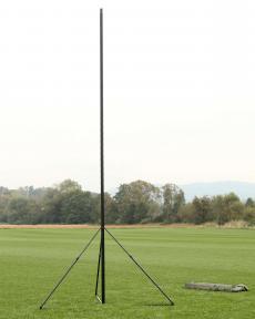 ST-R tripod antenna mast elevated
