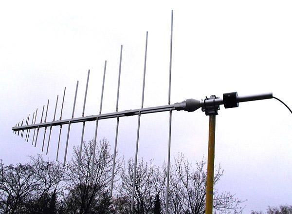 Log -  periodic, Military VHF - UHF - 80 MHz- 1300 MHz Antenna AD-22/C