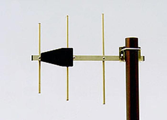 UHF Military Antenna, Base Station Antennas - Stationary Antennas AD-40/07-3:3-element YAGI antennas for 0.7 m band, 390 MHz - 475 MHz