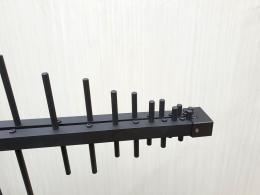 Front of transportable LPDA directional antenna up to 3 GHz