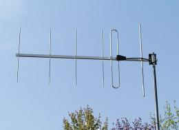 Antenna AD-40/2-6: 6-element YAGI base station antennas (144 MHz - 176 MHz, 8 dBd)